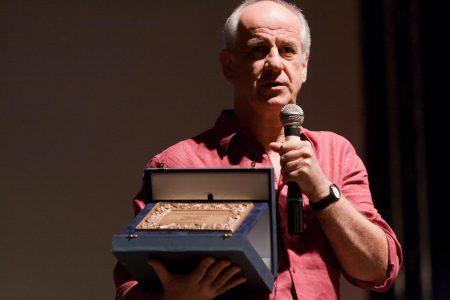 Toni Servillo ritira dal Premio Solinas omaggio a Paolo Sorrentino - La valigia dell'attore 2010 - Foto di Eugenio Schirru