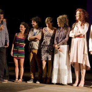 Pierfrancesco Favino con gli allievi del ValigiaLab - La valigia dell'attore 2012 - Foto di Nanni Angeli 1