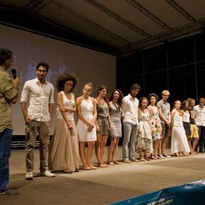 Fabrizio Deriu con gli allievi del ValigiaLab - La valigia dell'attore 2013 - Foto di Nanni Angeli