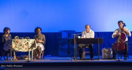 9 Dicembre 2016 - Sala Primo Longobardo - Squarciò - Compagnia teatrale Çàjka - La valigia dell'attore 2016 Secondo Atto - Foto di Fabio Presutti