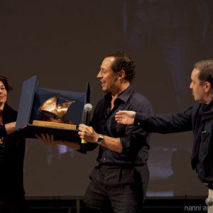 29 luglio - Fortezza I Colmi - La Valigia dell'Attore 2016 Premio Gian Maria Volonté 2016 a Stefano Accorsi con Silvia Scola - Enrico Magrelli - Foto di Nanni Angeli