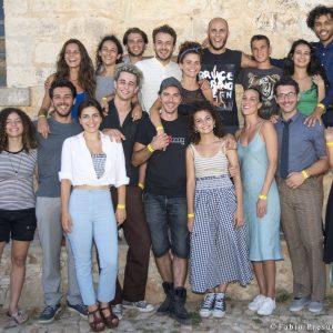 ValigiaLab 2017 - Laboratorio condotto da Michele Riondino con l'assistenza di Fabrizio Deriu - foto di gruppo fine Valigialab 2017 - Foto di Fabio Presutti
