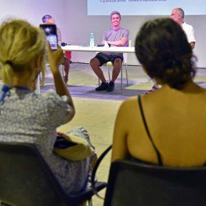 """La Valigia dell'attore – 31 luglio 2021 – Fortezza I Colmi – Ore 11,00 - Incontro con Pif presentazione del libro """"Io Posso"""" - foto ©Fabio Presutti"""